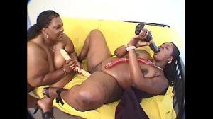 Ebony bbw lesbians dildo time