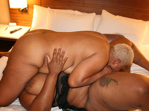 BBW fat ebony lesbian action